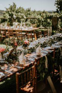 dekoracija poročnega prostora v boho stilu