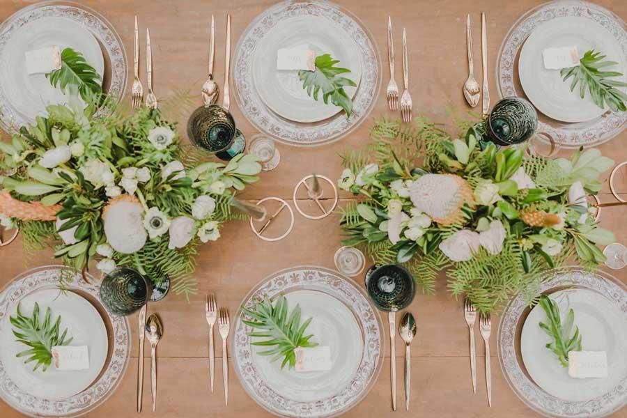 Namizna dekoracija, kot jo narekujejo poročni trendi