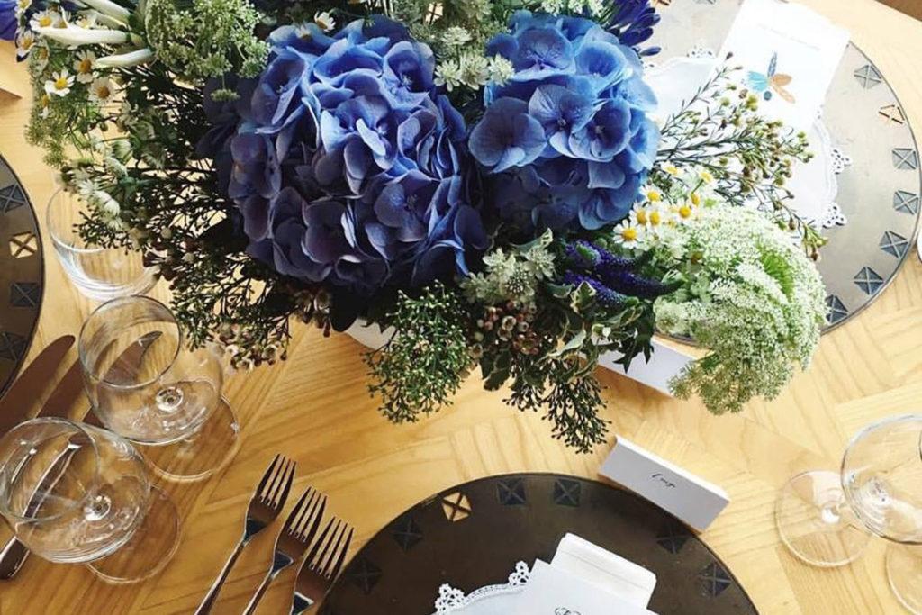 poročna dekoracija s hortenzijami