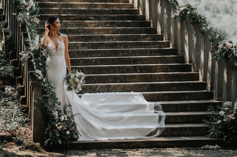 dekoracija-prostora-za-poroko-stopnice